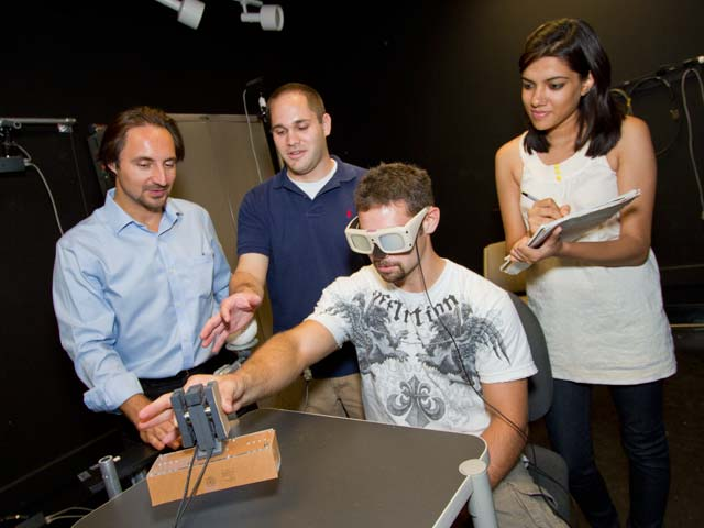 Researcher's work provides insight into how the brain works
