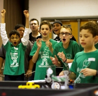 Robotics challenges inspiring youngsters to learn engineering