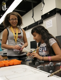 Guiding girls to explore engineering