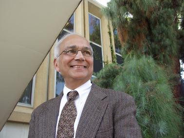 Engineering professor Subhash Mahajan.