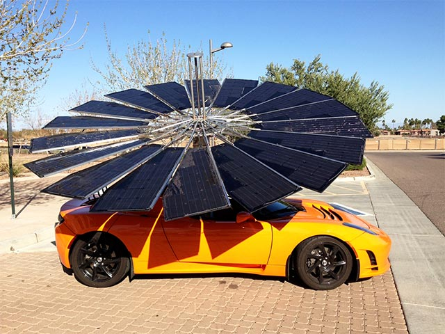 Solar Flower on Car