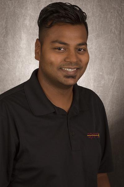 "Mayank ""Max"" Prasad – Distinguished Graduate"