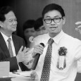 """Ba Hai Nguyen participated in a Higher Engineering Education Alliance Program (HEEAP) cohort in 2012 at Arizona State University and has had his """"smart glasses"""" financed by Vietnamese Prime Minister Nguyễn Tấn Dũng at a meeting at the Ministry of Science and Technology."""