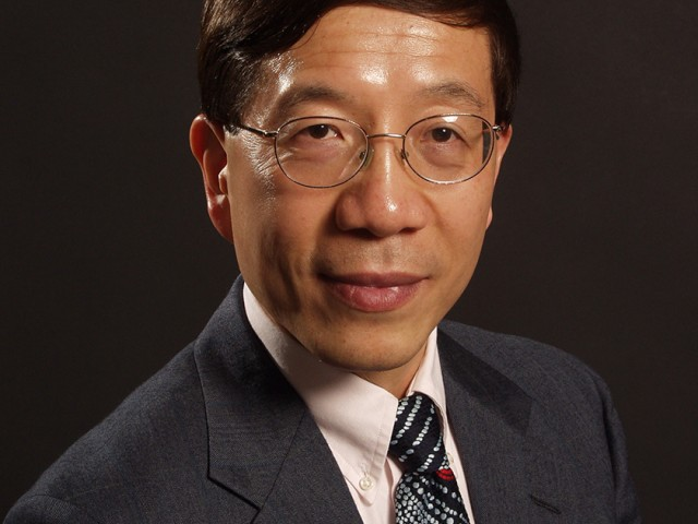 Professor Ying-Cheng Lai of the Ira A. Fulton Schools of Engineering has been named a 2016 National Security Science and Engineering Faculty Fellow (NSSEFF) by the Pentagon.