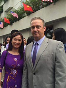 Duong Thi Cam Tu and Jeffrey Goss ASU Southeast Asia