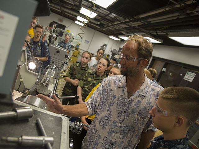 Photo: Sea Cadets tour Tempe campus to get feel for engineering