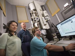 School for Engineering of Matter, Transport and Energy, SEMTE, TEM, transmission electron microscopy, Jessica Hochreiter, Peter Crozier, Arizona State University, ASU, Ira A. Fulton Schools of Engineering, engineering, materials science and engineering