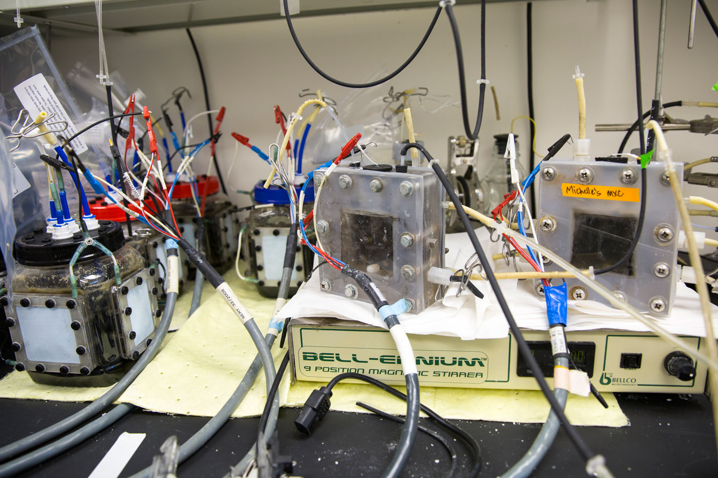 Bruce Rittmann's microbial electrochemical cells use bacteria to process organic waste in wastewater for decontamination or to produce electrical power, hydrogen gas or hydrogen peroxide.