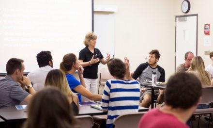 Program teaches techies business, entrepreneurial process