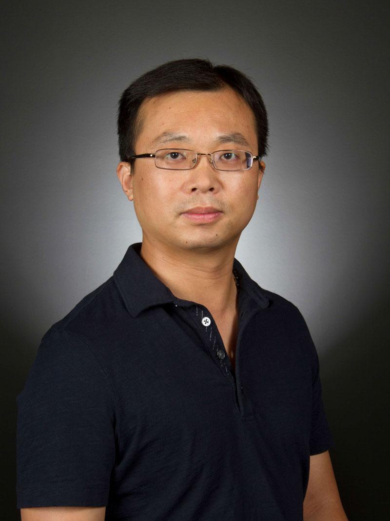portrait of Yanchao Zhang