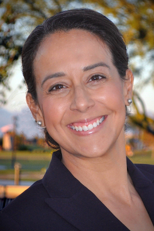 portrait of Jennifer Velez