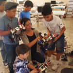 Engineering outreach across borders: From one to many, de uno a muchos