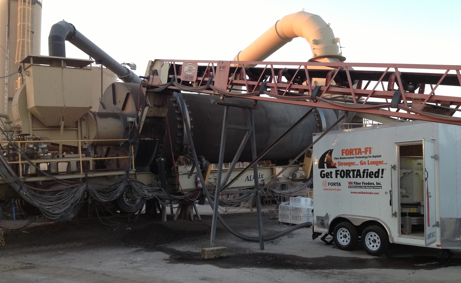 Photo of a asphalt plant